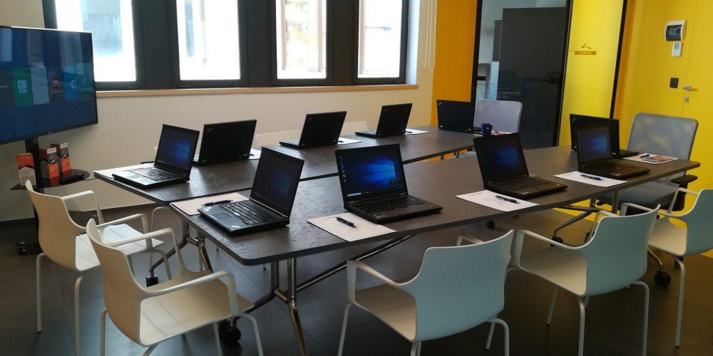 Aula Informatizzata, Brindisi, Taranto, Lecce, Bari, Salento, Puglia